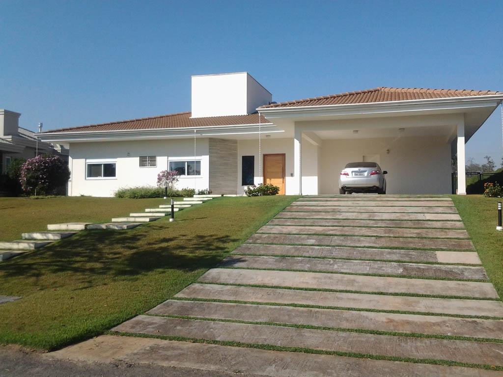 Casa no Condomínio Haras Paineiras em Salto